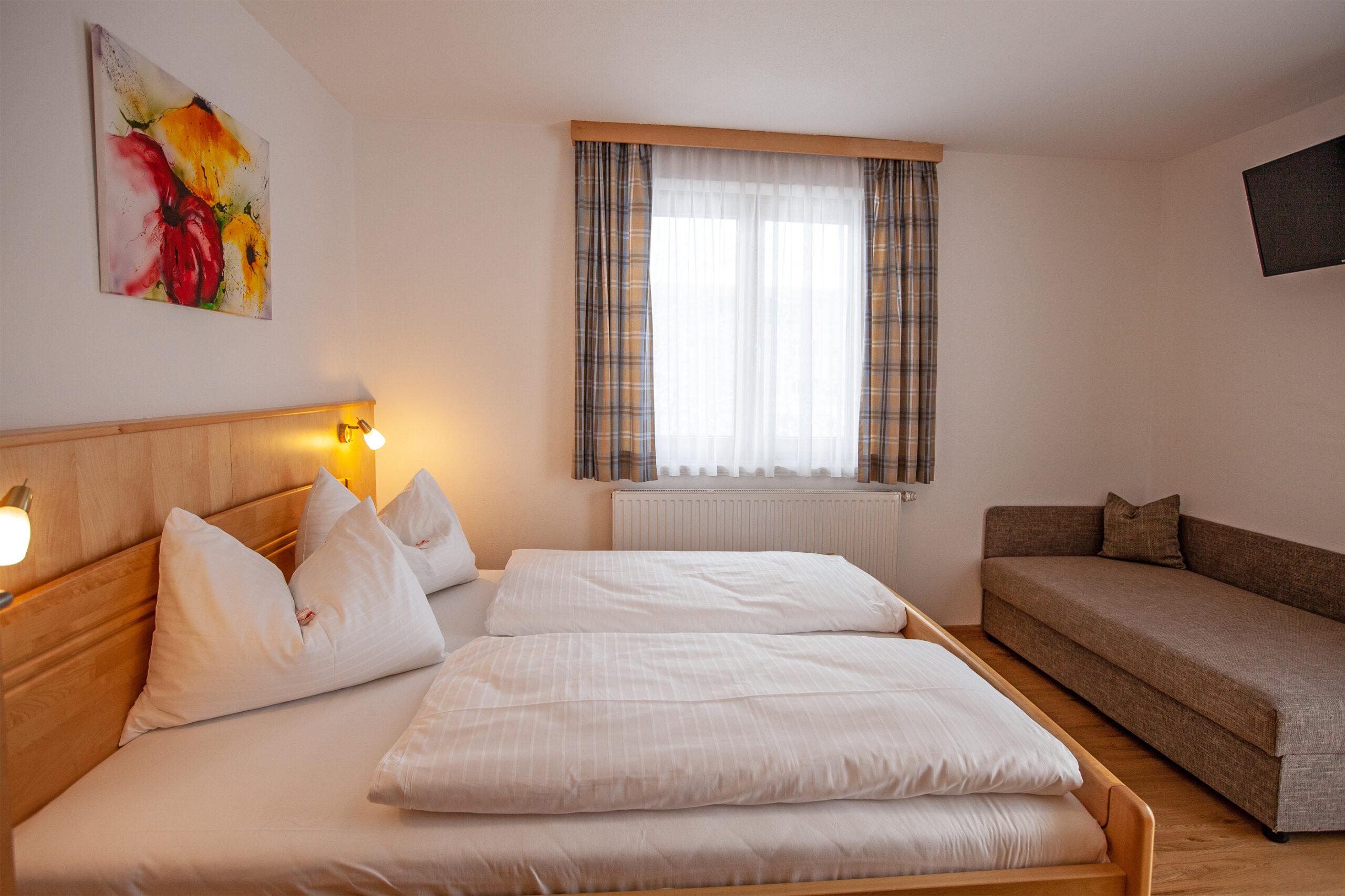Schlafzimmer im Apartment Grießenkar